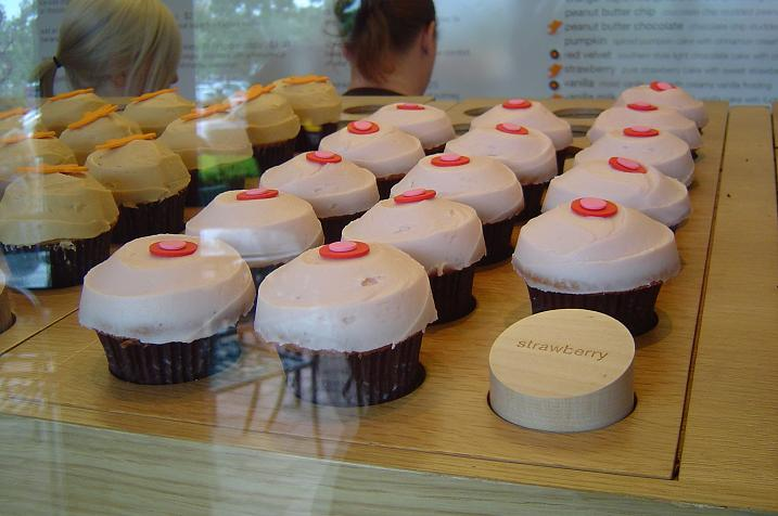 sprinkles strawberry cupcake recipe