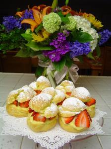 mothers-day-flowers-and-puffs