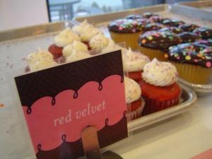 saint-cupcake-red-velvet