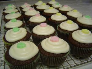 magnolia-chocolate-cupcakes