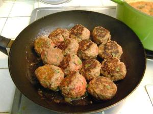 meatballs cooked